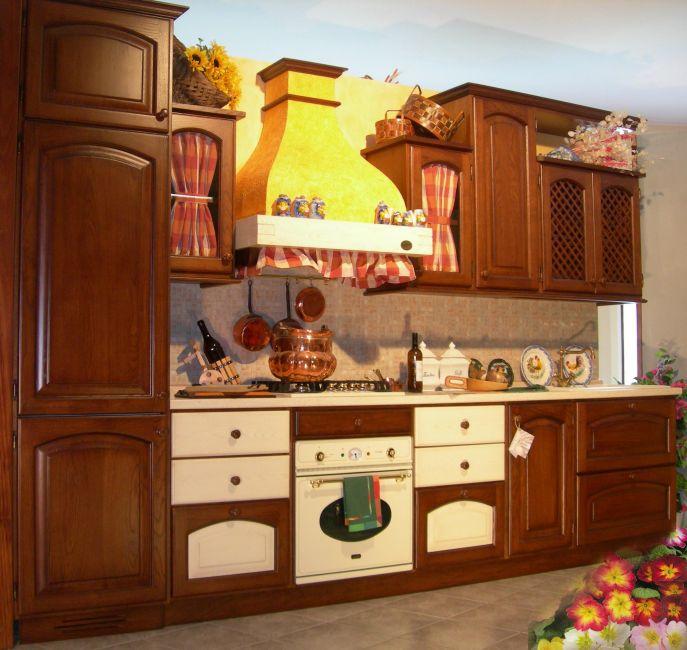 Cucina Rustica In Legno Massello Le Primule Garnero Design