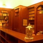 Libreria_classica_con_boi