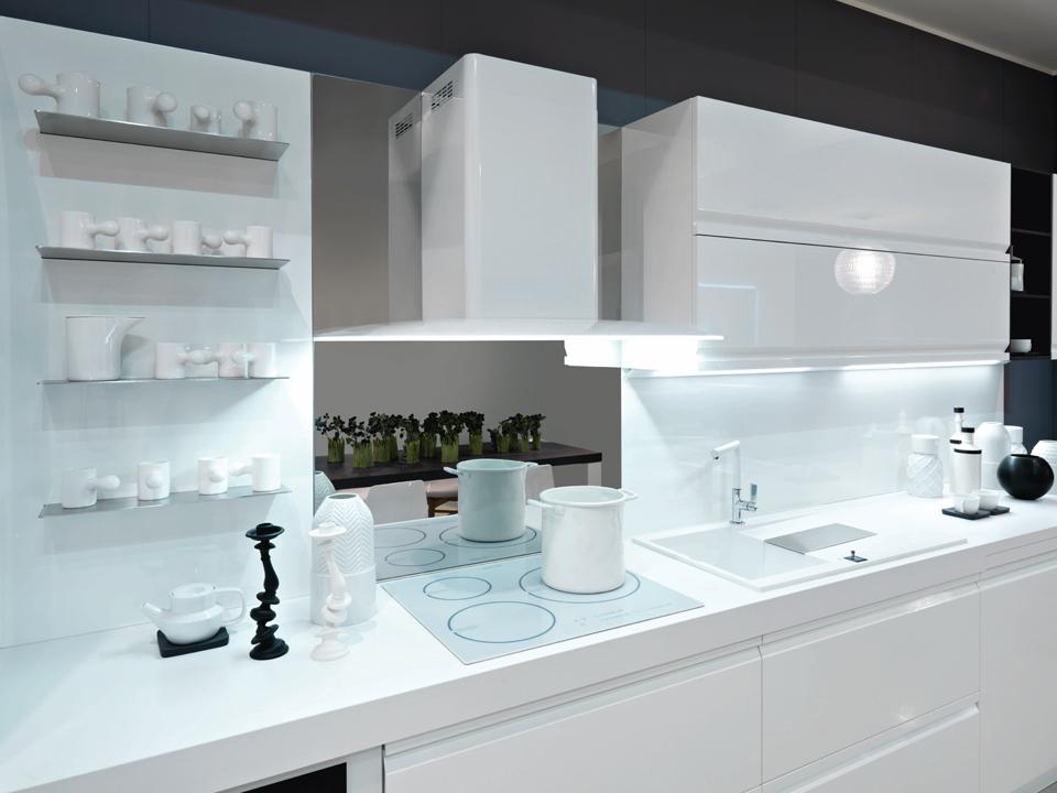 Cucina zerocinque garnero design for Mensole grigie